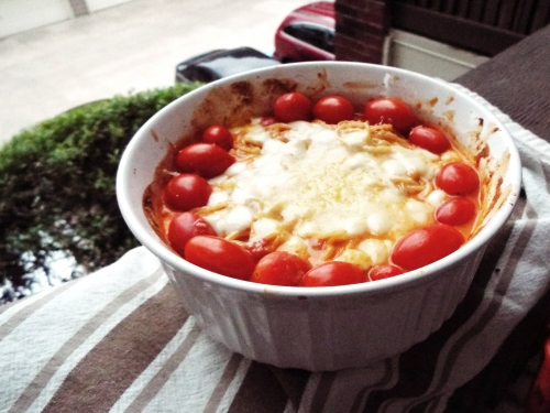 Creamy Caprese Pasta from Mancktastic!