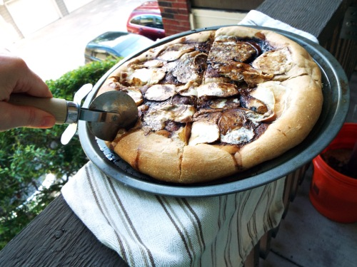 Smoked Mozzarella and Balsamic Pizza from Mancktastic!