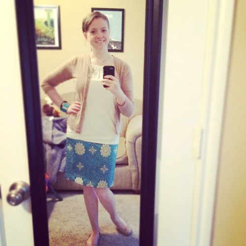 I rarely wear my custom silk skirts from China, but I don't know why. I got so many compliments this day!